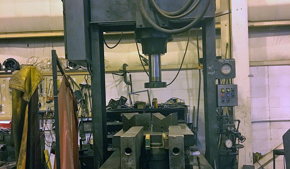 150 ton H frame press